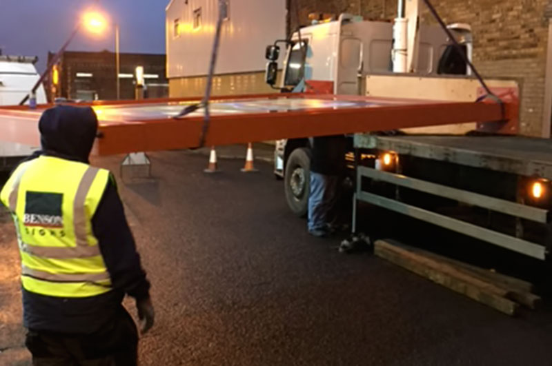 Sign frame loading onto transporter
