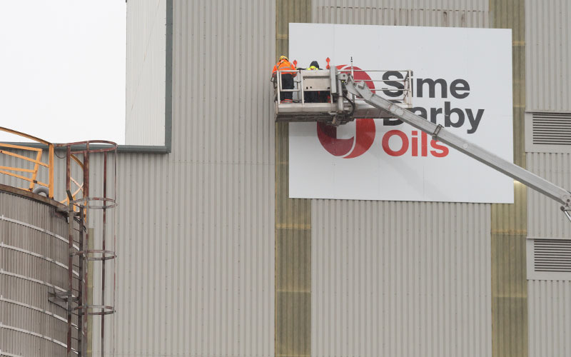 Sime Darby Oils Sign Fixing Liverpool