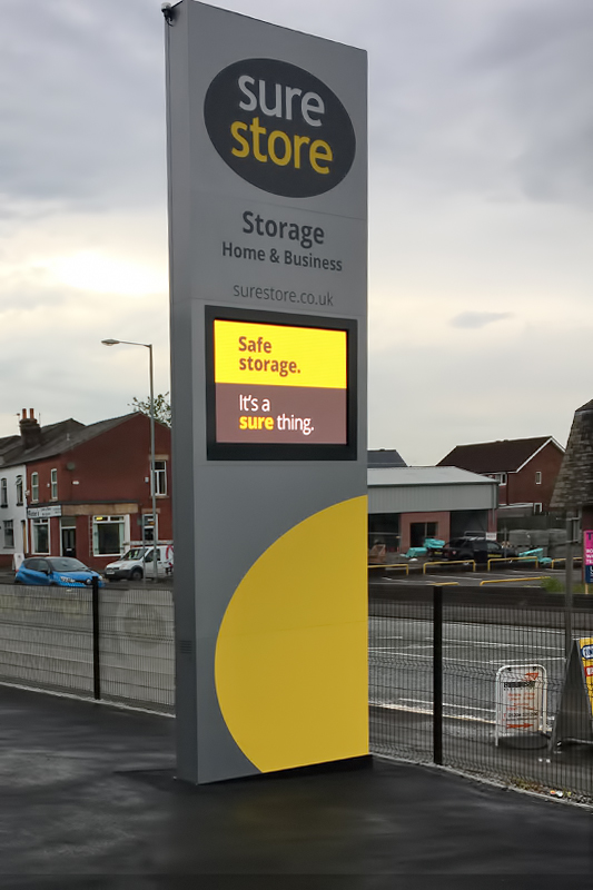 6.5m freestanding totem sign with integrated led screen