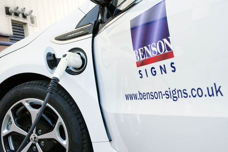 Benson signs electric vehicle vauxhall ampera